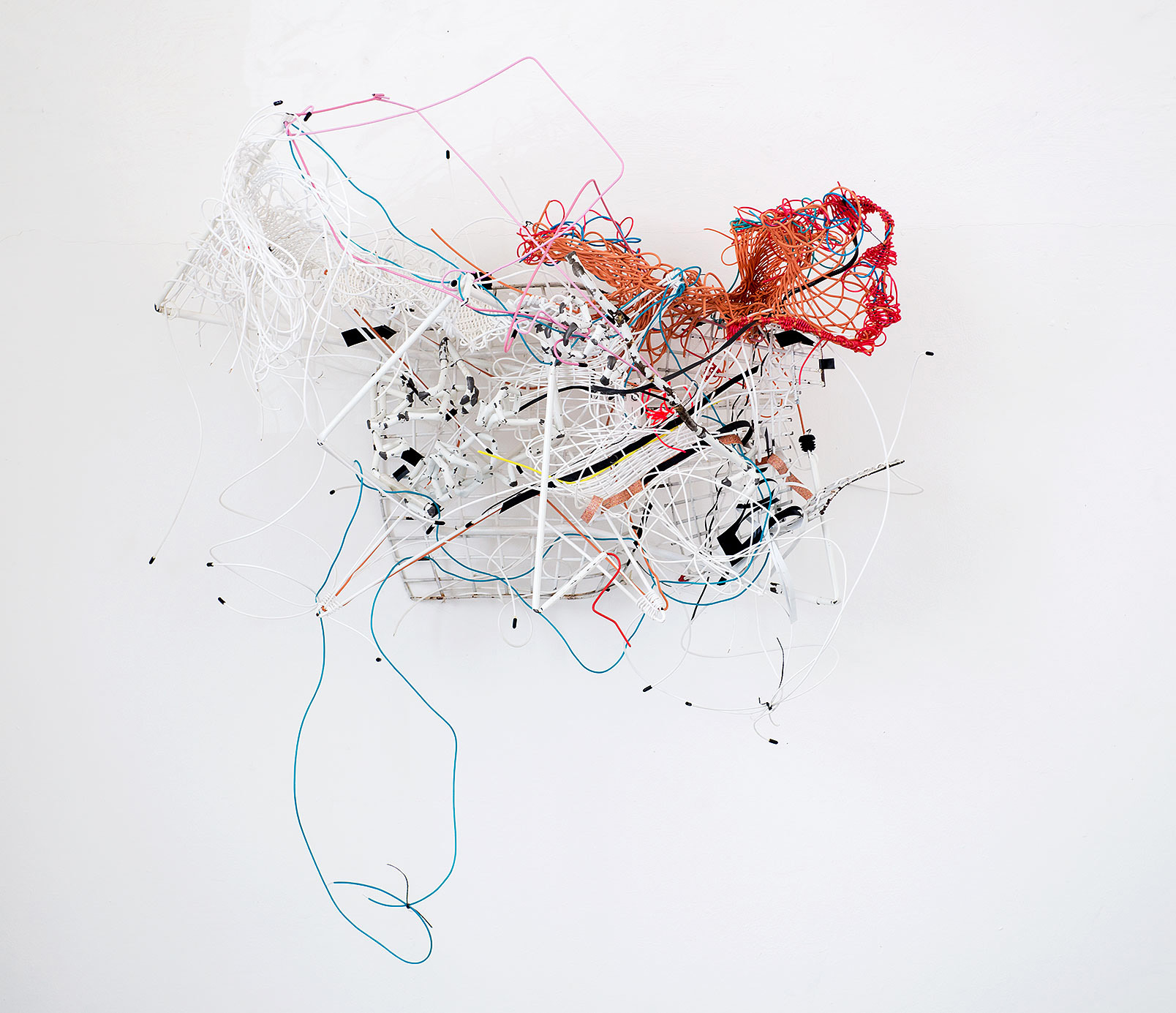 """Flugversuch"" 2014; 130 x 135 x 58 cm"